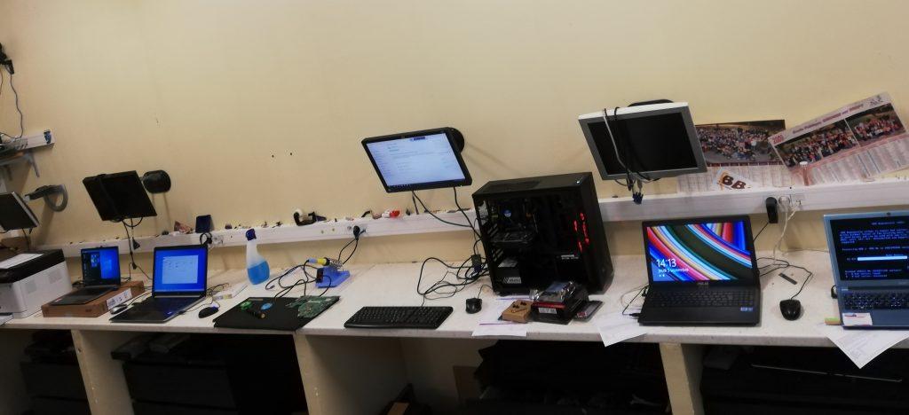 atelier de dépannage du magasin toullec informatique langon